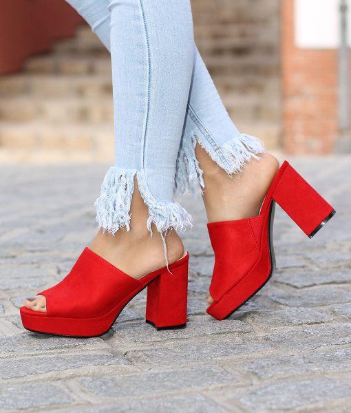 mules rojos