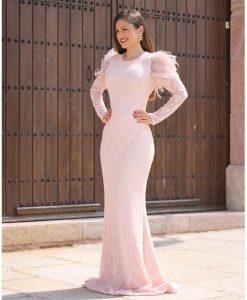 vestido largo rosa nude