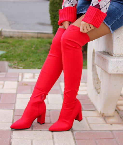 botas altas rojas
