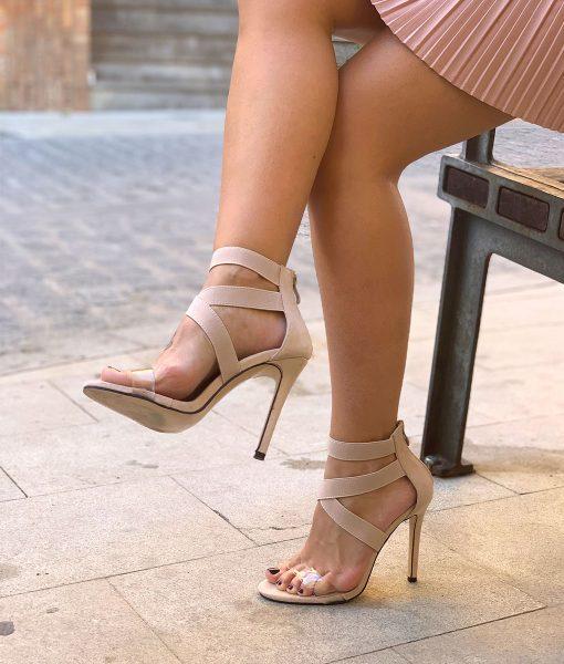 sandalias beige